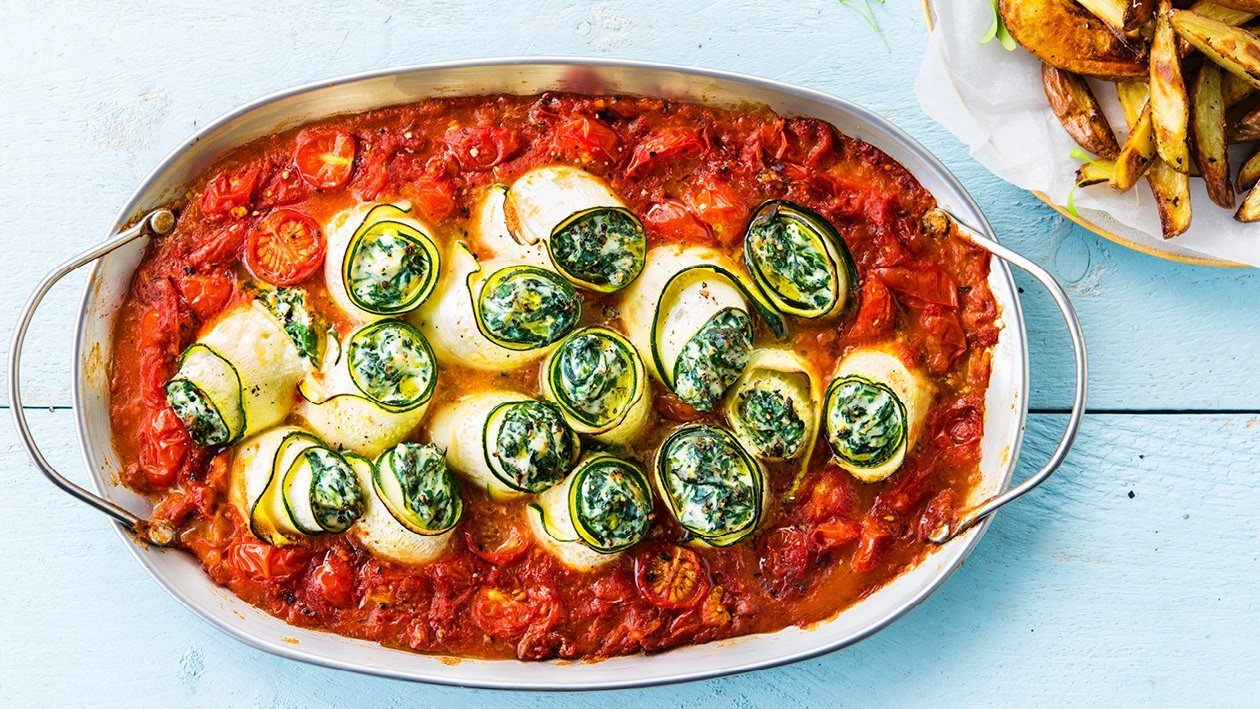 Courgette Rolls With Spinach, Ricotta and Tomato Sauce