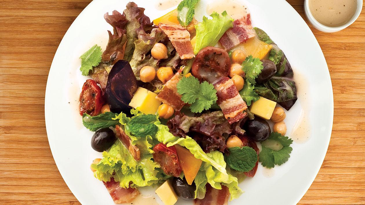 Crispy Bacon, Chickpea, Mozarella and Sundried Tomato Salad