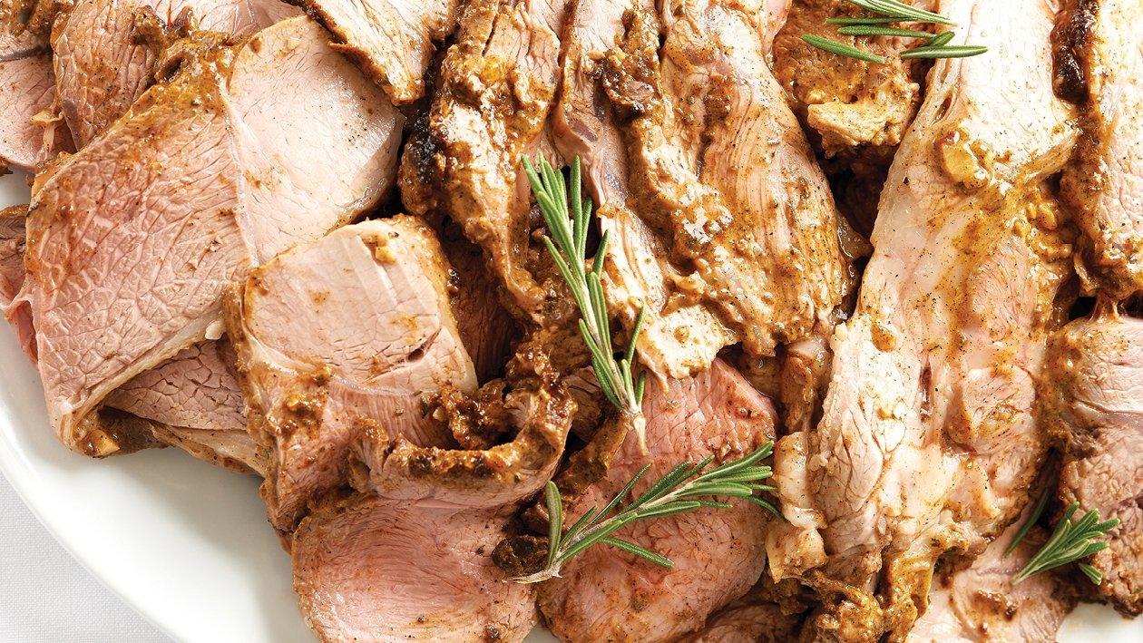 Lamb Roast With Garlic Mayo Rub