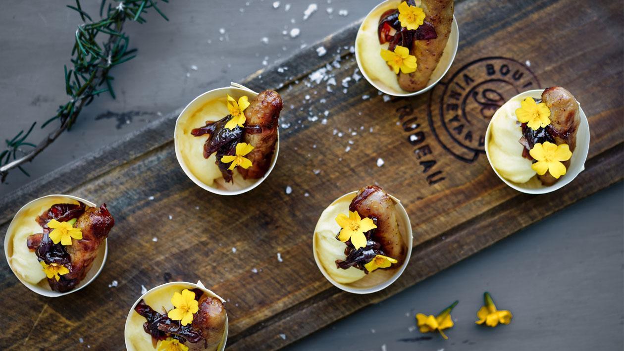 Pork Chipolata Sausages with Knorr Potato Flake Dip