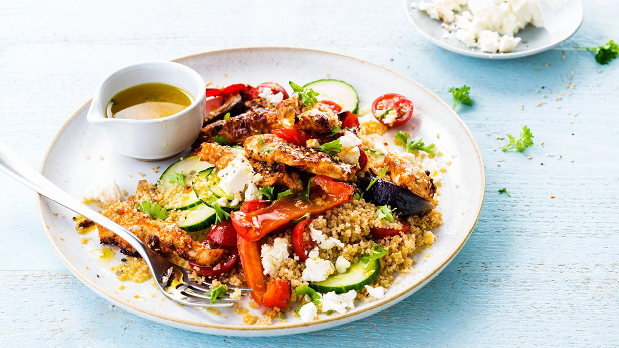 Quinoa Salad With Marinated Chicken and Vegetables