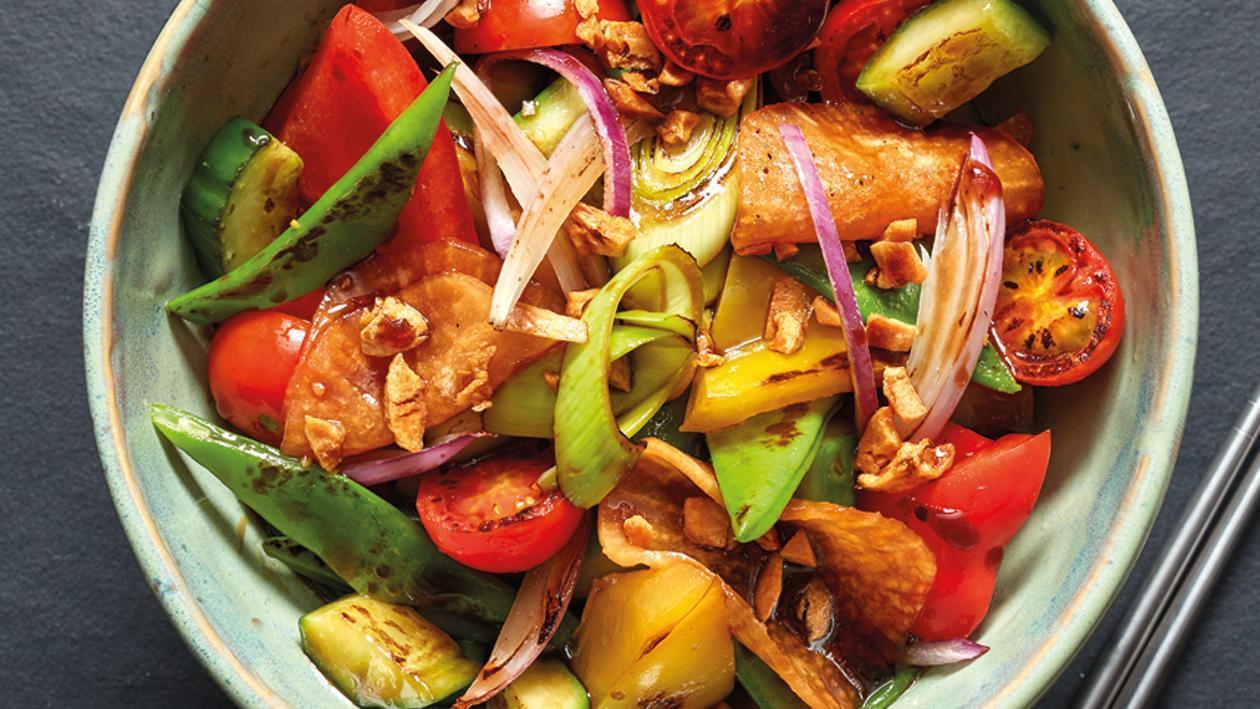 Salteado de verduras y carne