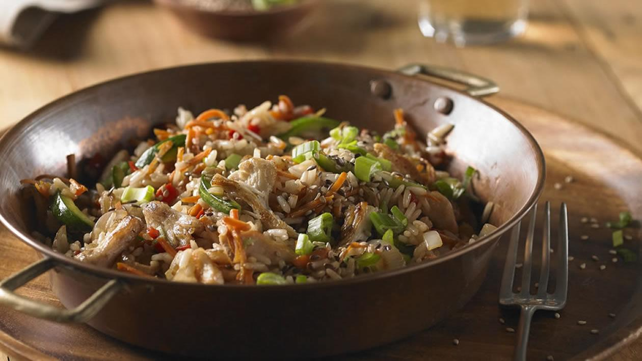 Wok de pollo, vegetales y basmati