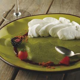 Chantilly caramelizado con frutos rojos