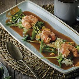Salteado thai de gambas maceradas y salsa de pescado especiada