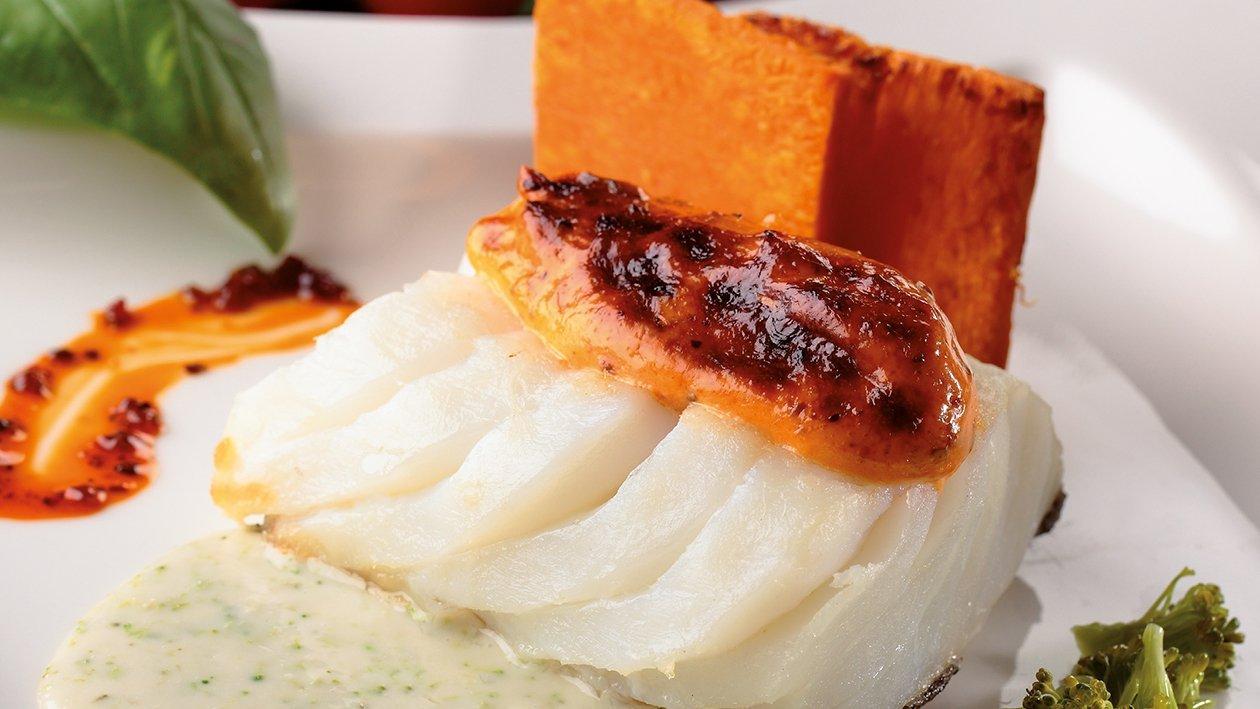 Bacalao confitado con gratinado de calabaza y base de brócoli