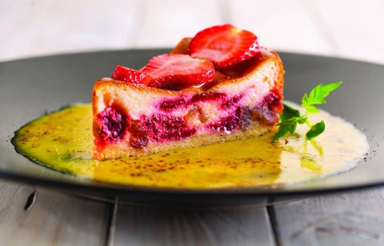 Cheesecake con fresas y crème brûlée