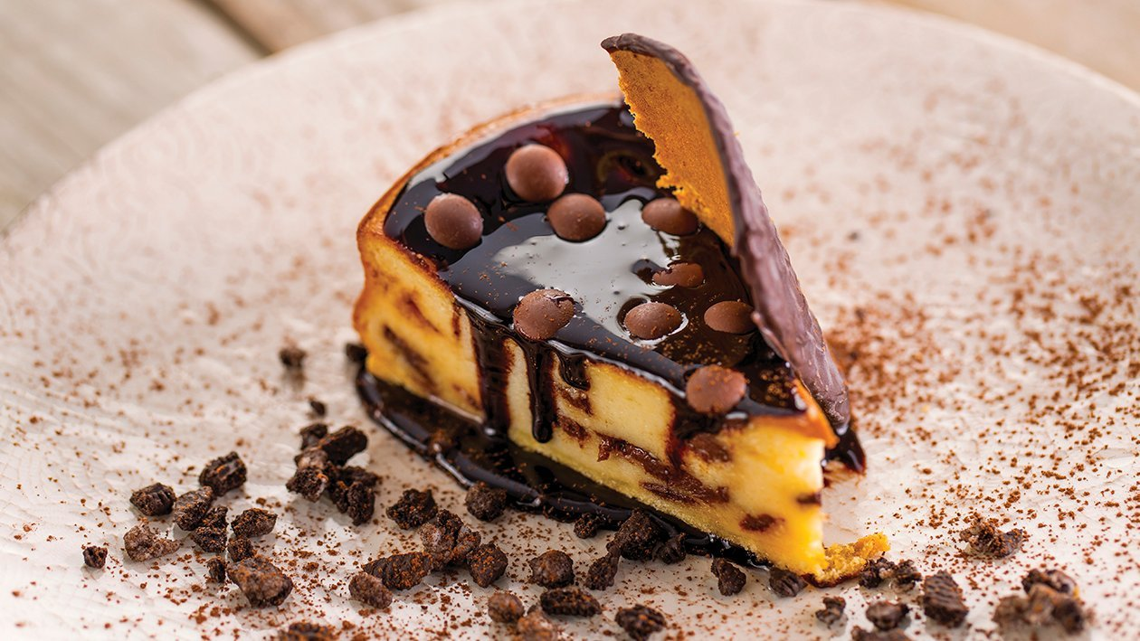 Cheesecake cremoso con chocolate