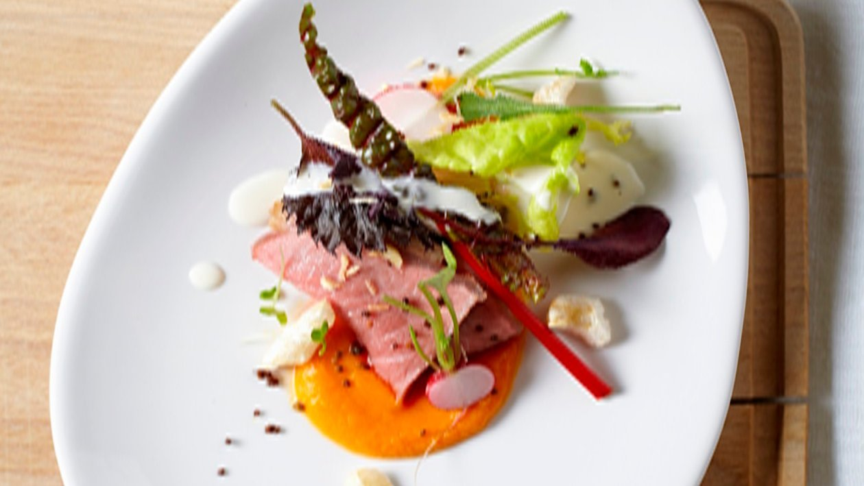 Ensalada fresca de verduritas y roastbeef