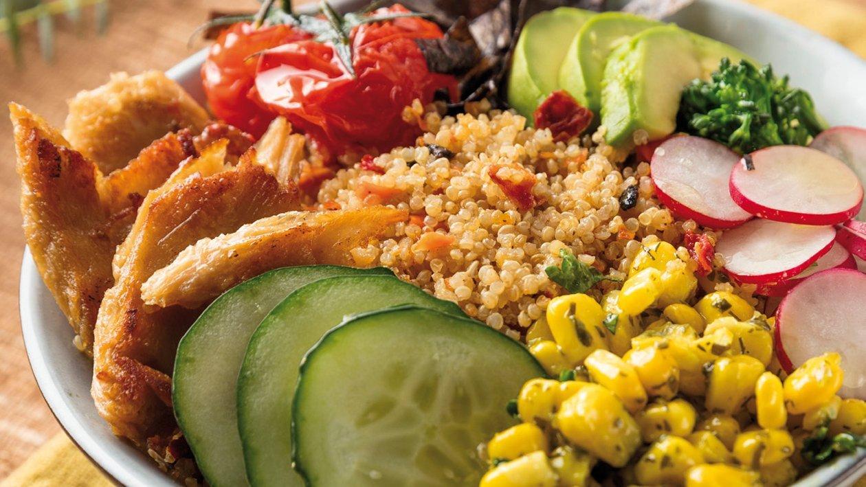 Poke bowl de quinoa, aguacate y NoPollo