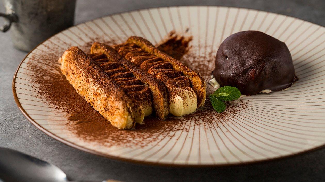 Tiramisú de cacao blanco con chocolate crujiente
