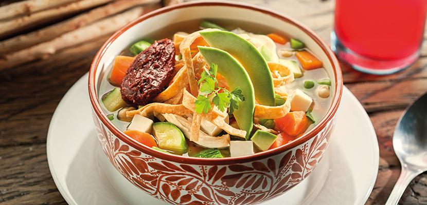 Knorr® Suiza Caldo de Pollo 3.5 Kg - Por su balance de ingredientes Knorr® Suiza Caldo de Pollo realza el sabor de tus platillos.