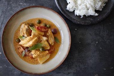 Curry rojo con pollo