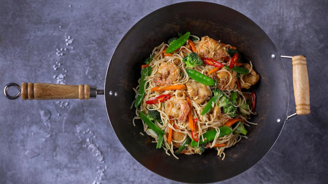Chow mein – praetud nuudlid kana ja krevettidega