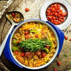 Galinha Caipira - Paahdettua kanaa, riisiä ja chorizo-makkaraa