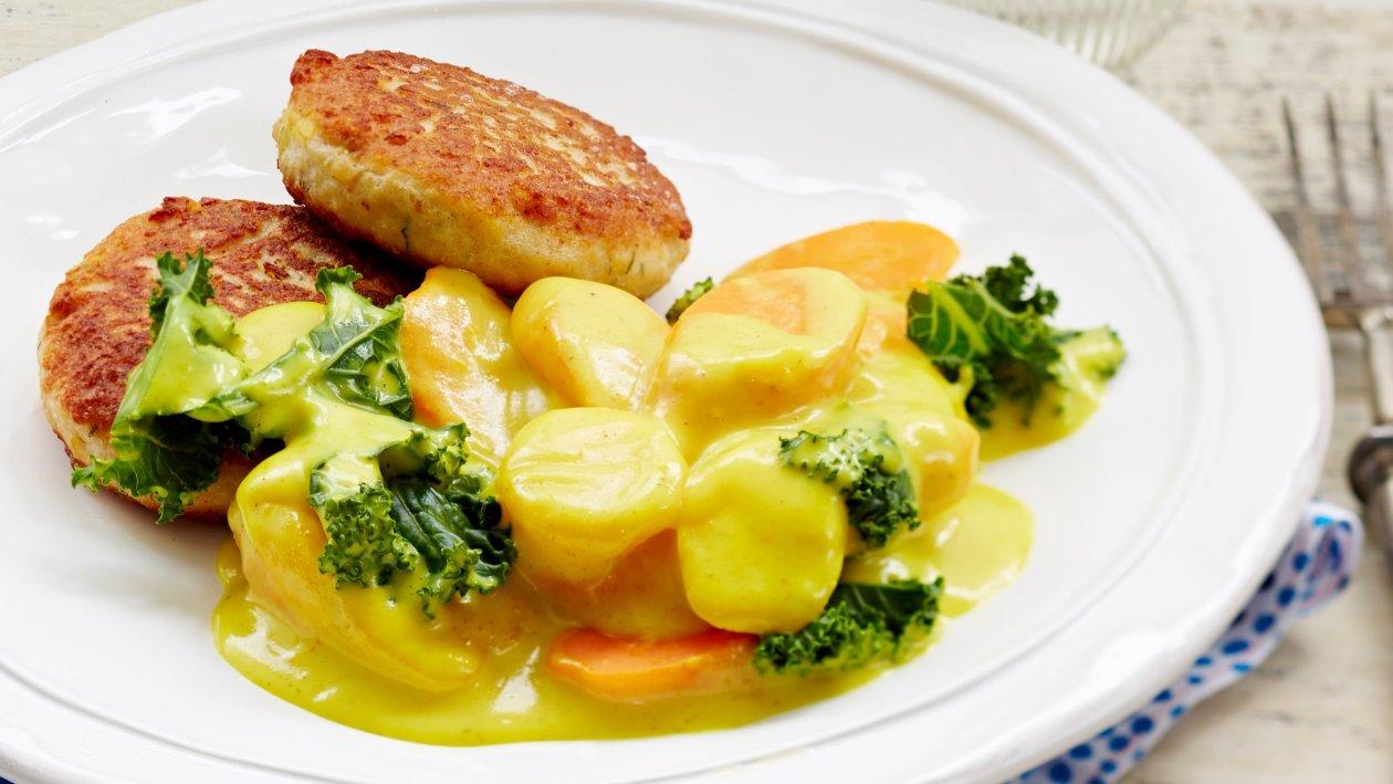 Currymuhennettua porkkanaa ja lehtikaalia – Resepti