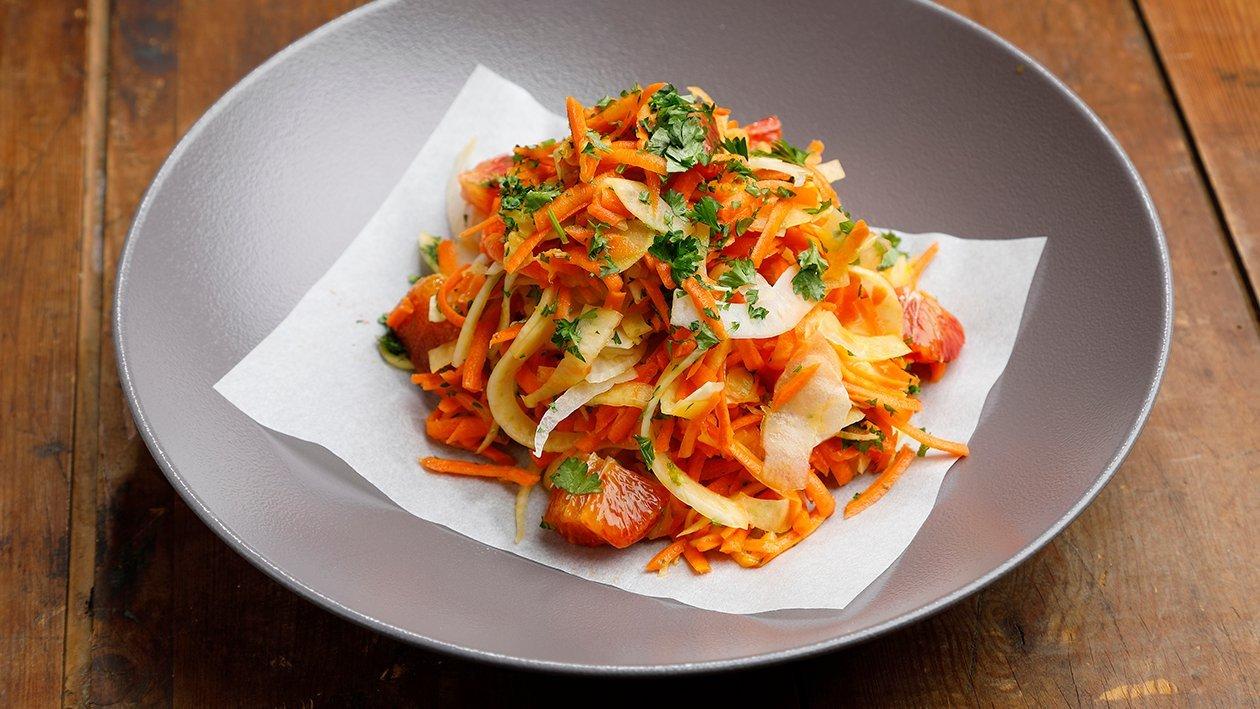 Fenkoli-porkkanasalaatti – Resepti