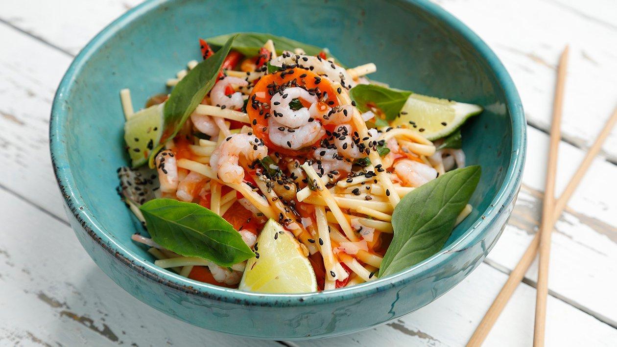 Katkarapu-nuudelisalaatti – Resepti