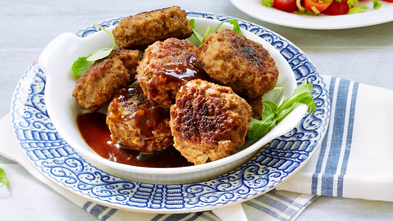 Lihapullat punasipulikastikkeessa, Kreikka – Resepti