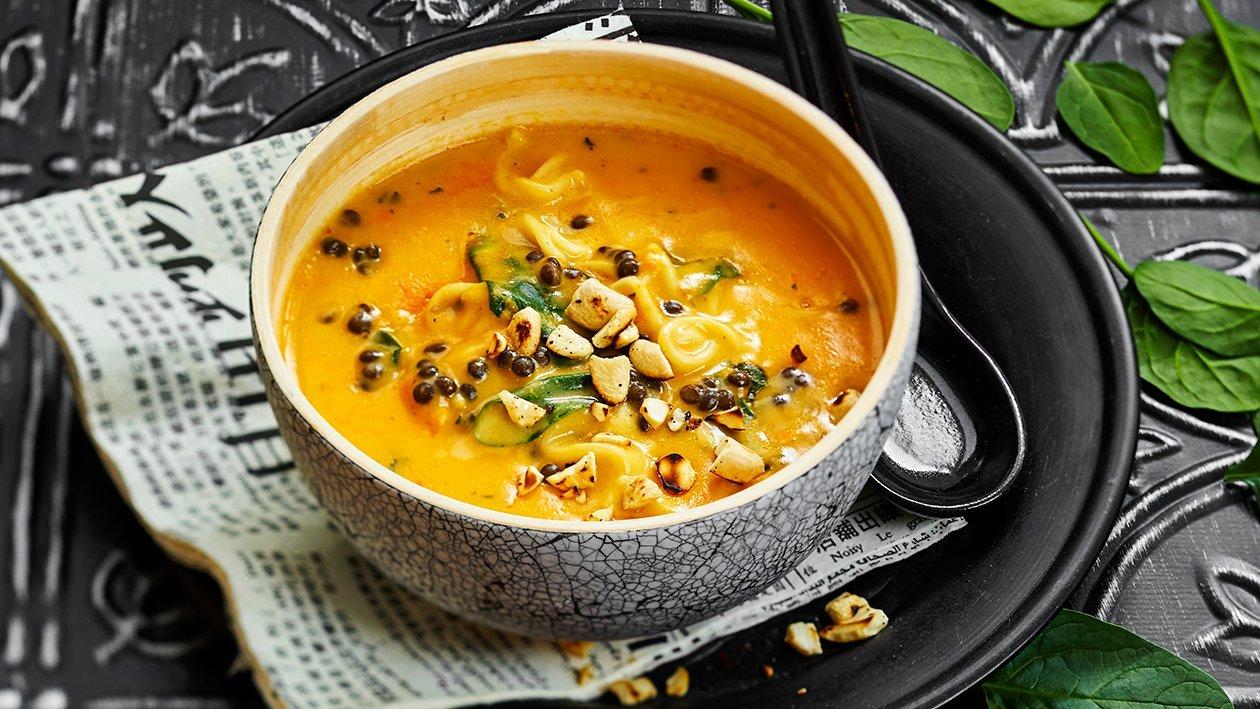 Thaimaalainen linssi-nuudelikeitto – Resepti