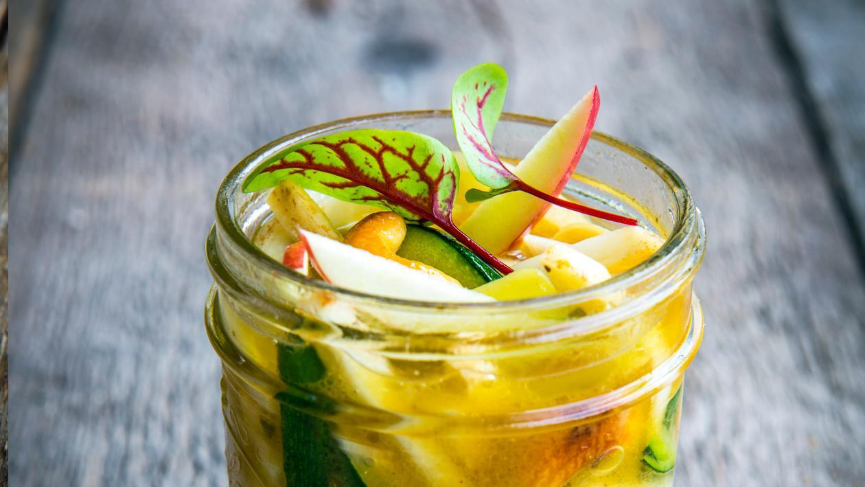 Conserve de céleri-rave, pomme et noix de cajou – Recette