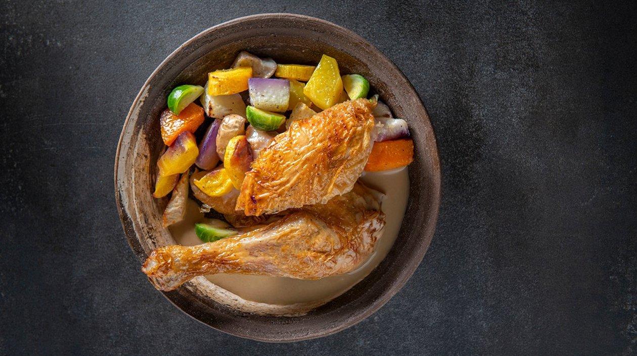 Coucou de Malines avec légumes d'hiver et un jus fumé – Recette