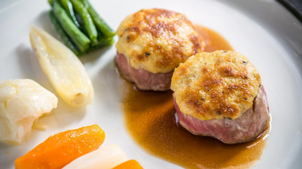 Filet pure de porc avec sauce brun et purée à l'ancienne – Recette