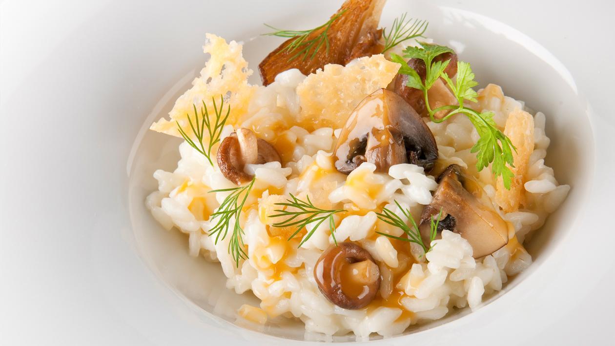 Risotto aux champignons et jus de poulet – Recette
