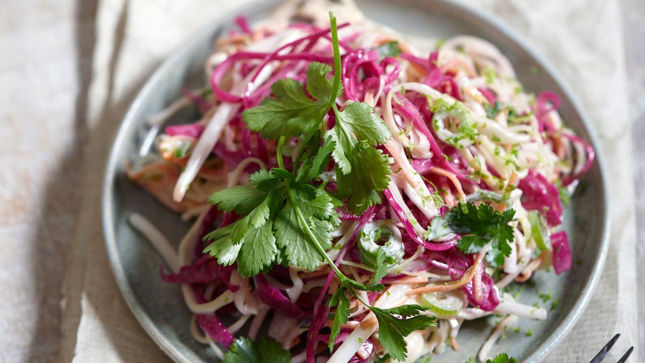 Salade de choux et dressing au pesto – Recette