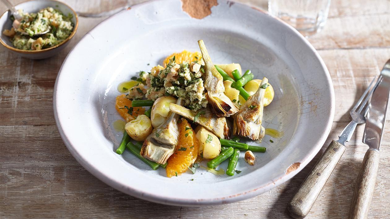 Salade de pommes de terre aux artichauts et au tarator de noix – Recette