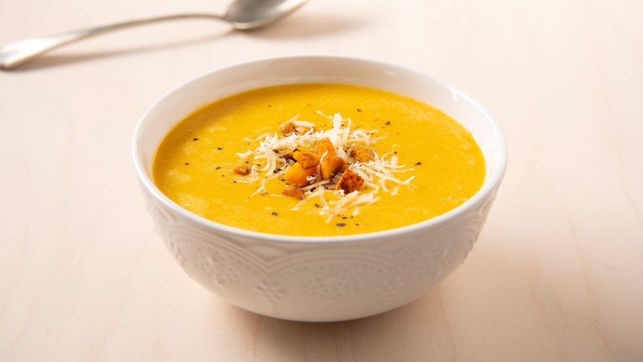 Soupe au potiron et au fromage fondant – Recette