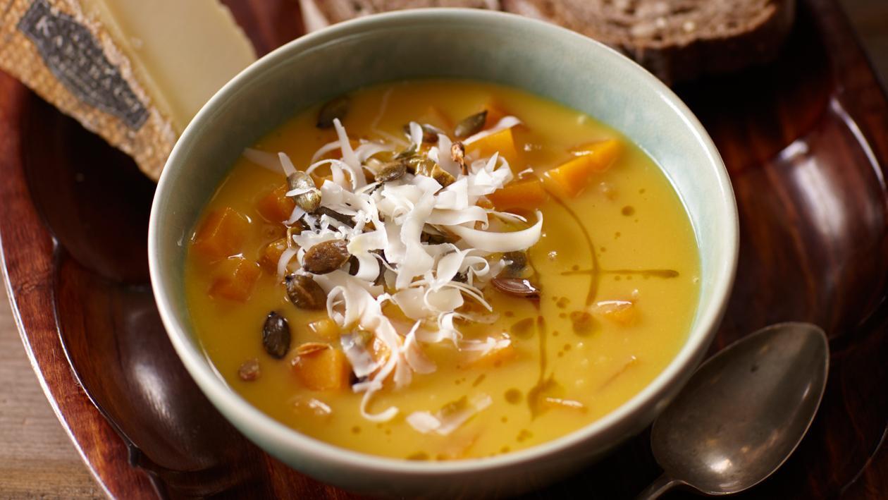 Soupe de potiron de Gruyère au gruyère et graines de potiron – Recette