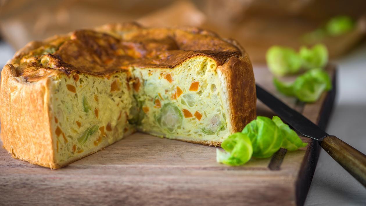 Tarte aux choux de Bruxelles, aux carottes et aux pommes de terre – Recette