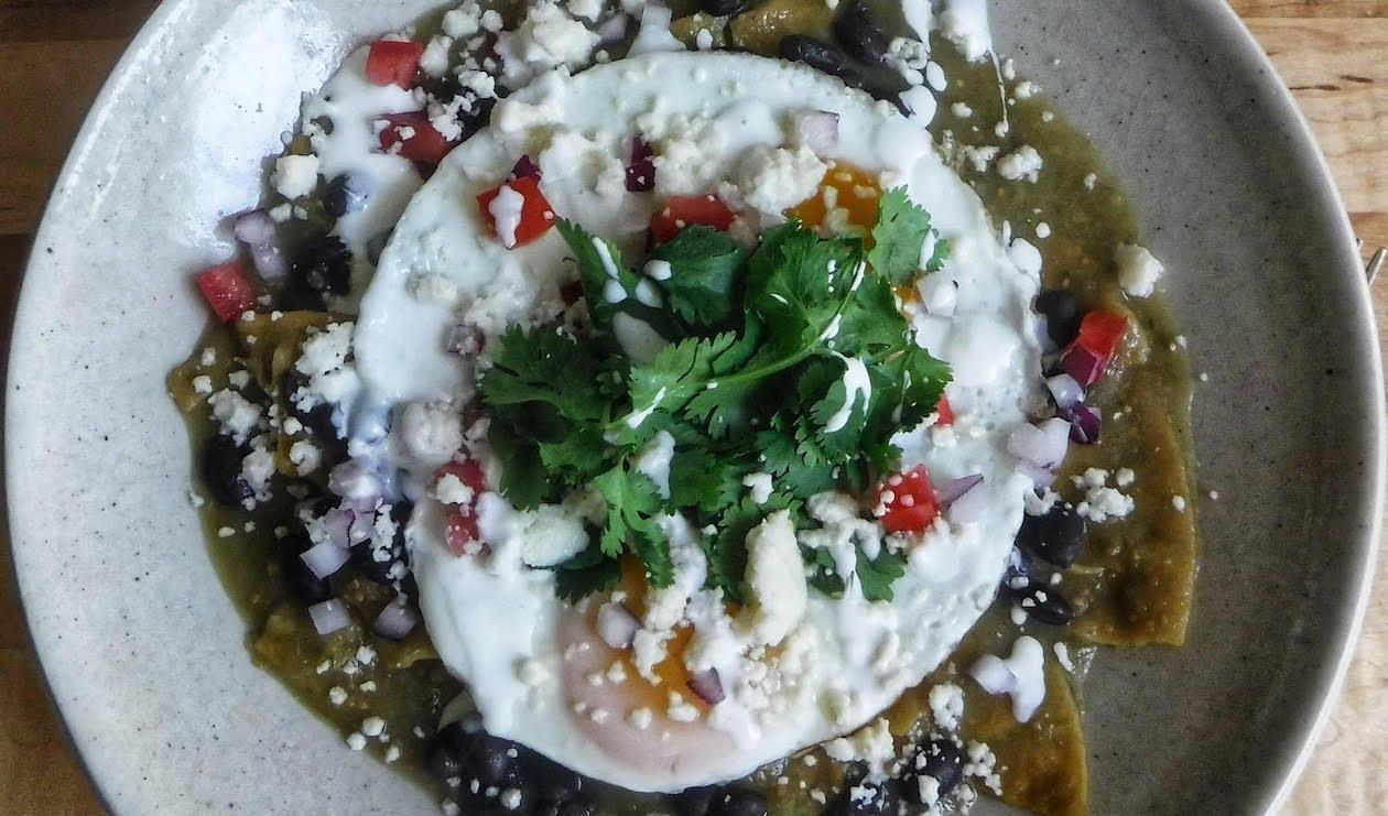 Chilaquiles Verdes aux Oeufs Frits – recette