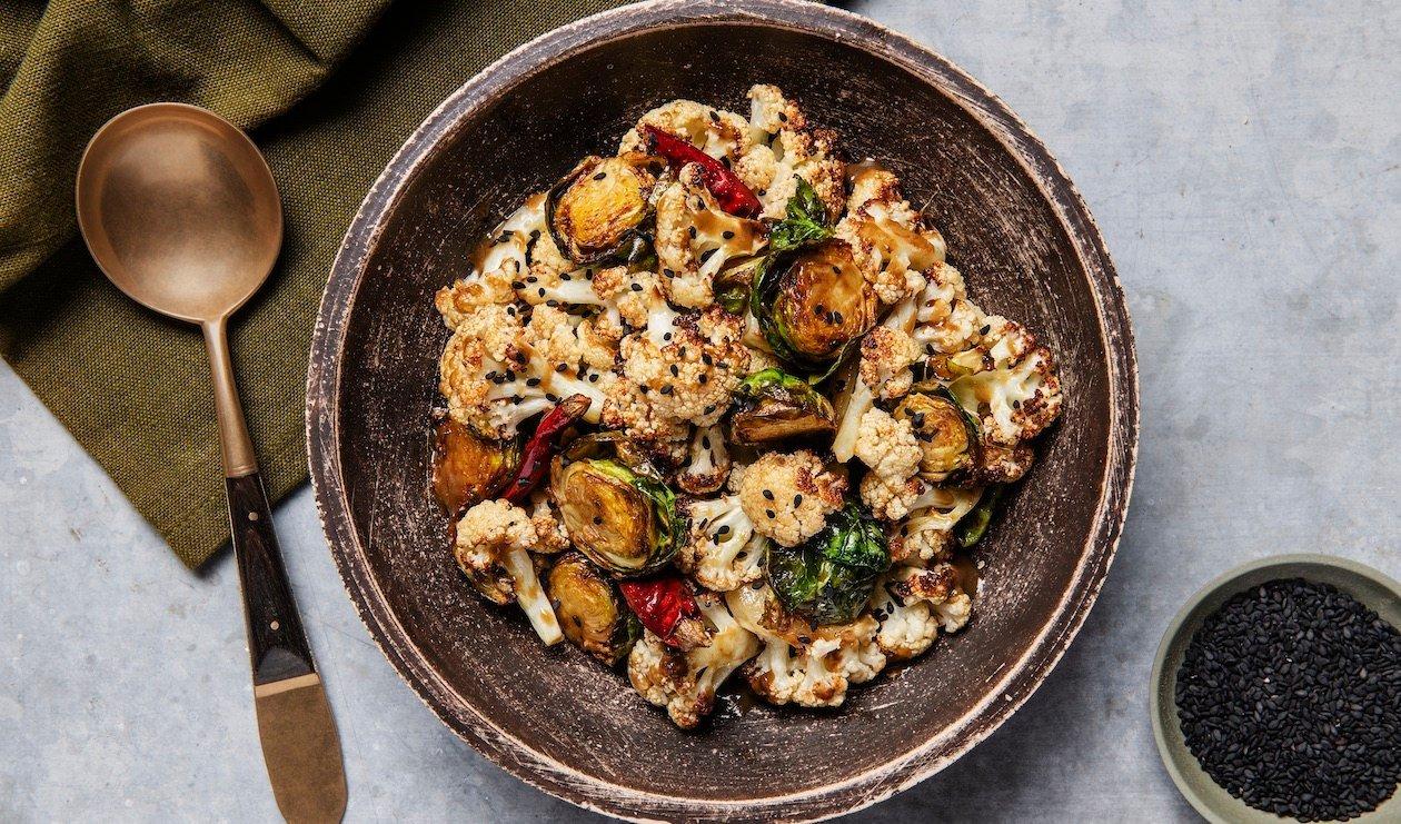 Chou-fleur et Choux de Bruxelles au Miso Umami Frit – recette