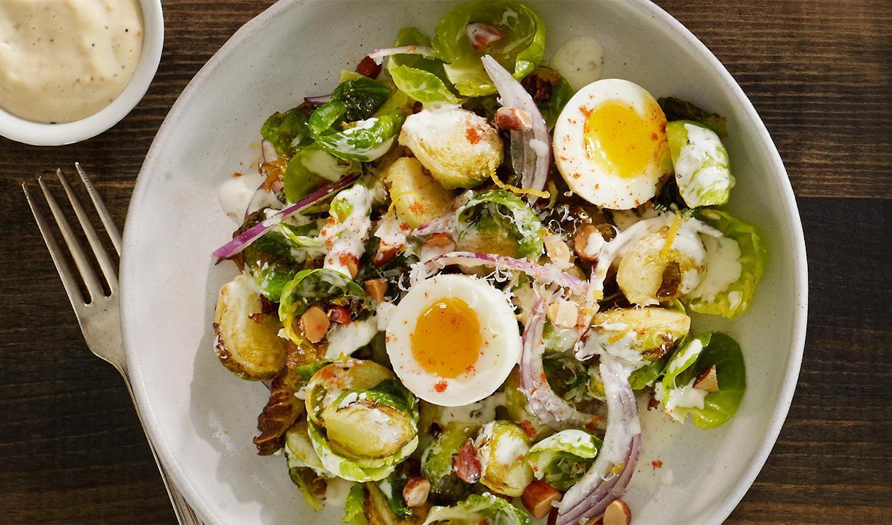 Salade de choux de Bruxelles fumés – recette
