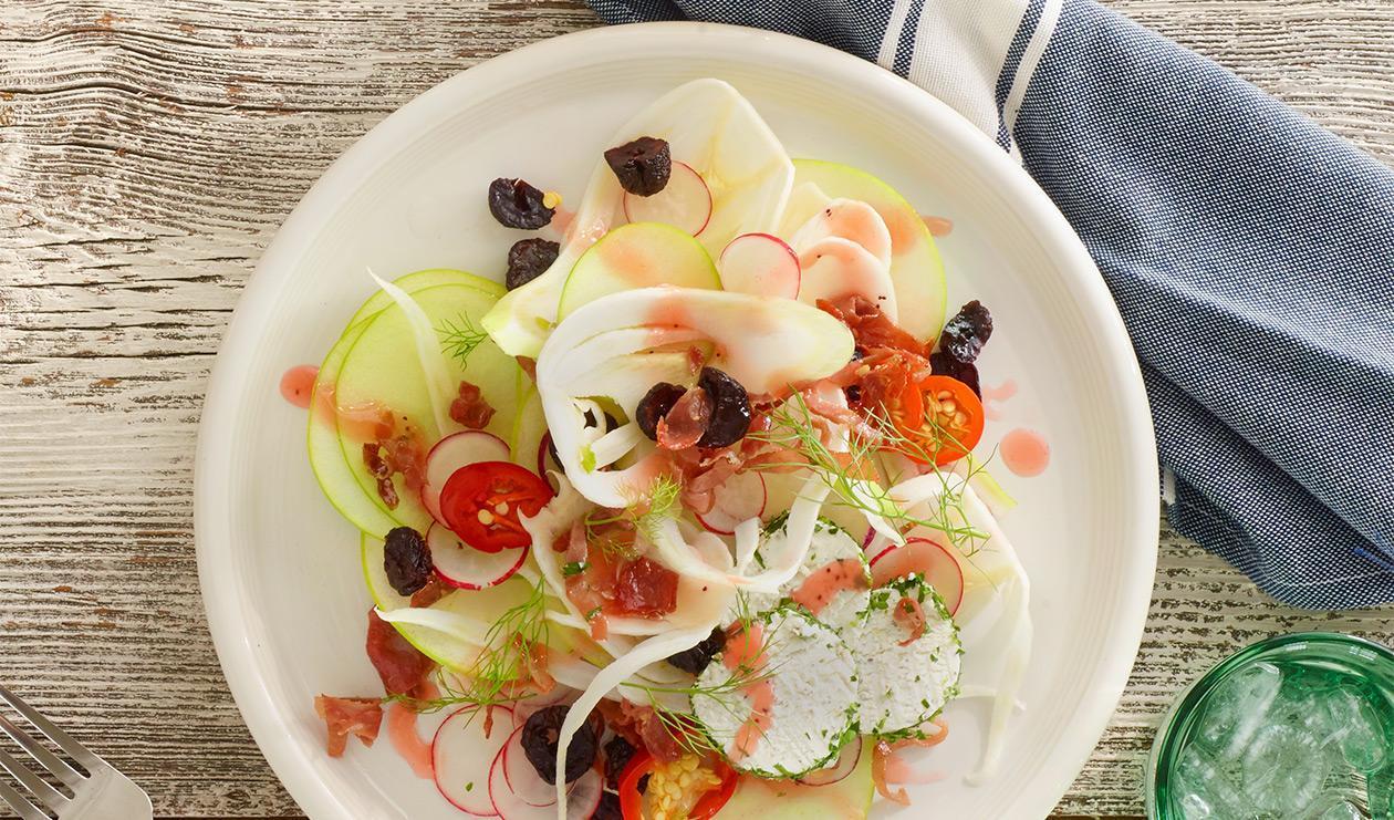 Salade de fenouil et de pomme aux cerises marinées – recette