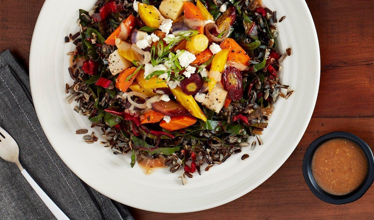 Salade de Légumes-Racines Glacés au Balsamique, Miso et Sirop d'érable – recette