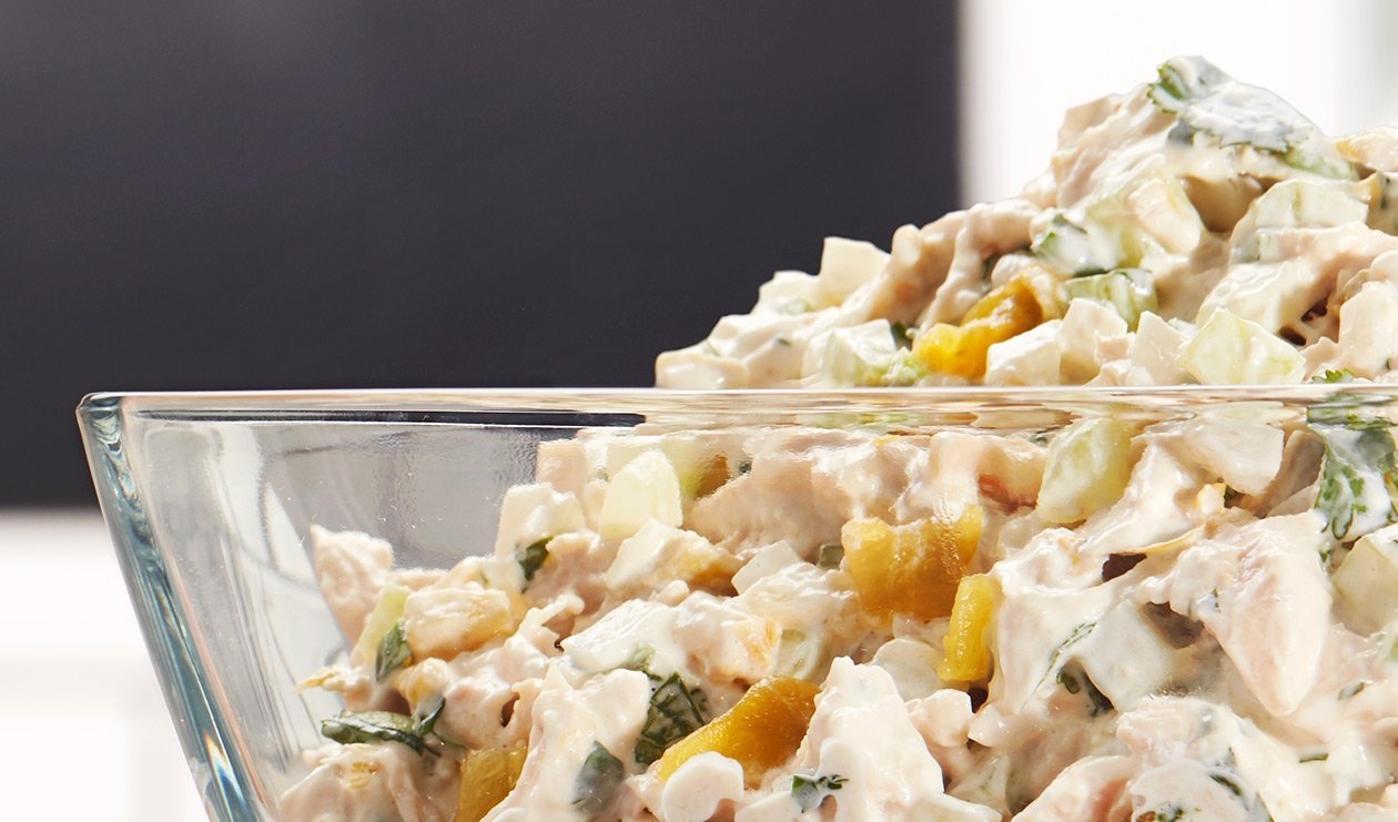 Salade de Poulet aux Piments Forts – recette