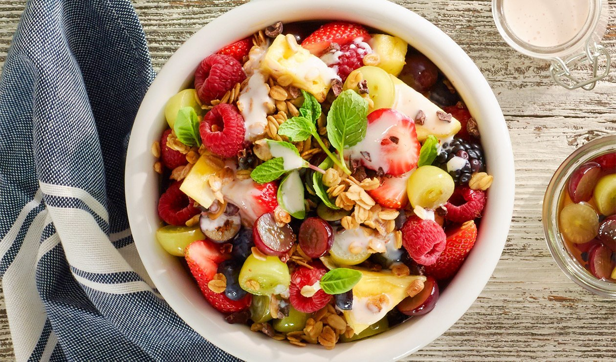 Salade de raisin marinée avec granola – recette