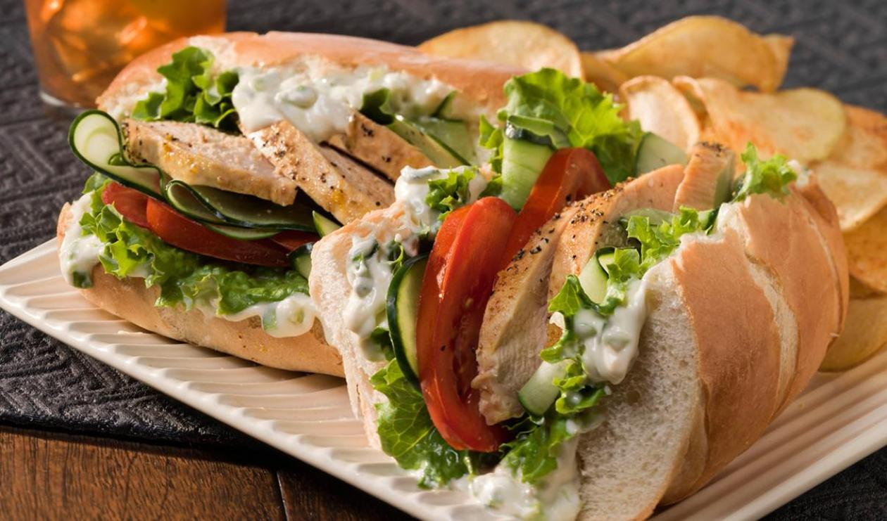 Sandwich au Poulet de Style Grec – recette