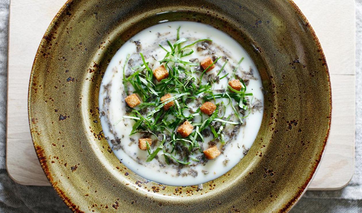 Soupe aux légumes oubliés avec cresson et truffes – recette