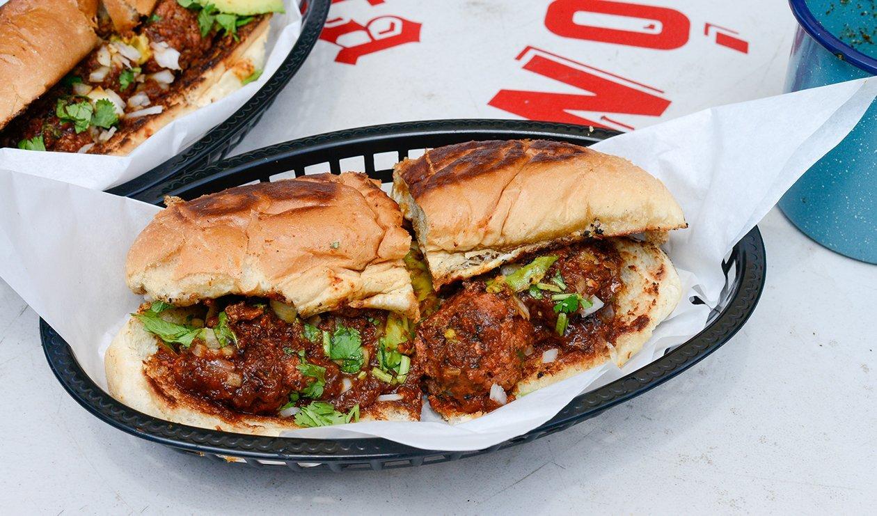 Tijuana Style Carne Asada Torta – recette