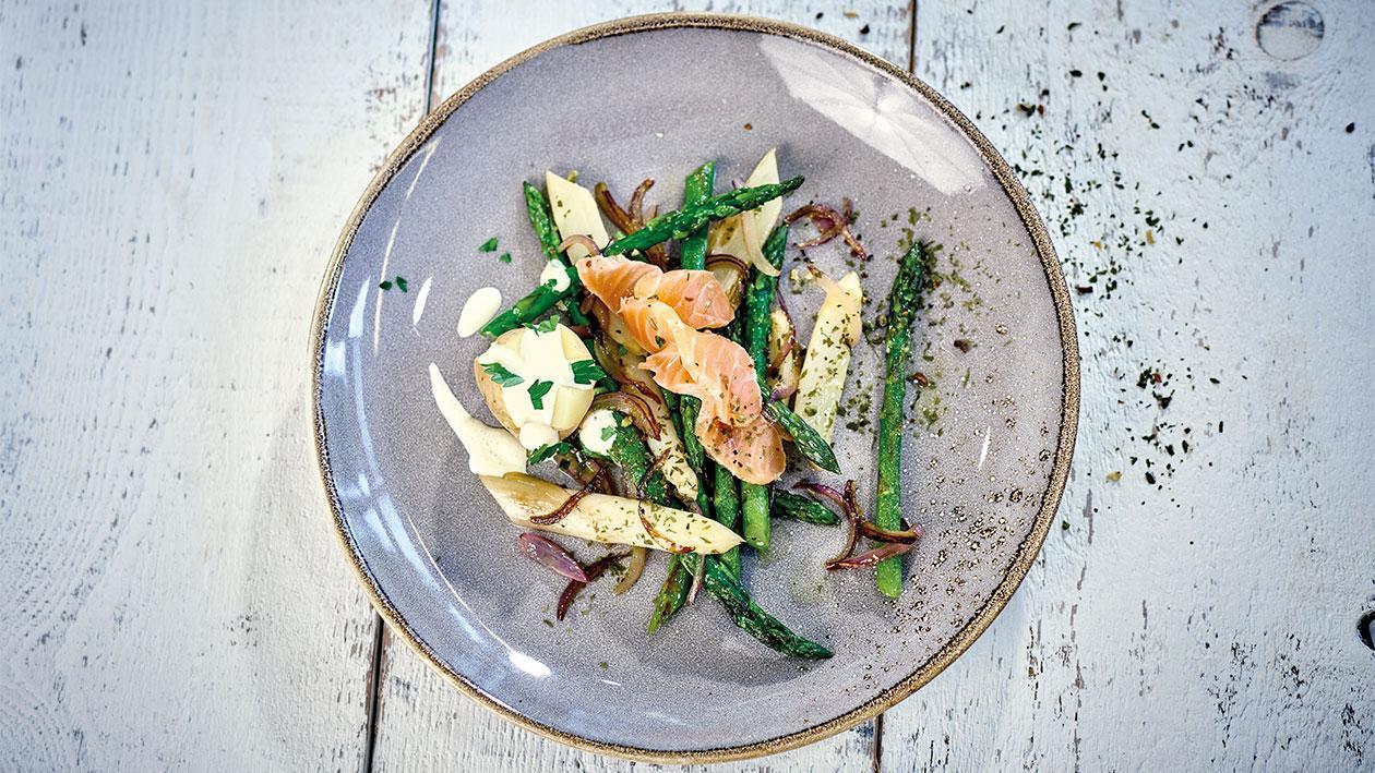 Salade d'asperges tièdes et saumon mariné