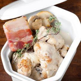 Blanquette de ris de veau, aux champignons et lard gras par Bruno Oger**