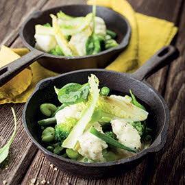 Cocotte de lotte et légumes verts, raifort et savora