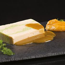 Millefeuille de Saumon et Courgette, Trait de Potiron et sa Sauce Poivre (Texture Modifiée )