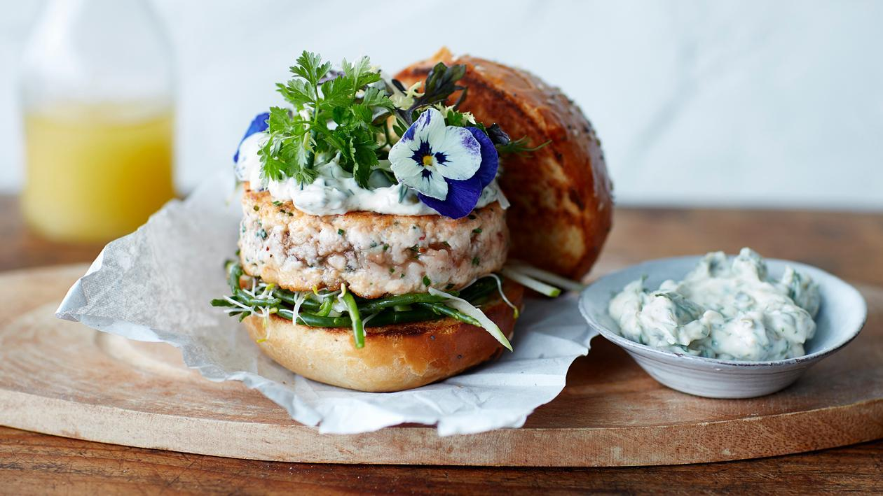 Burger de saumon gourmet – Recette