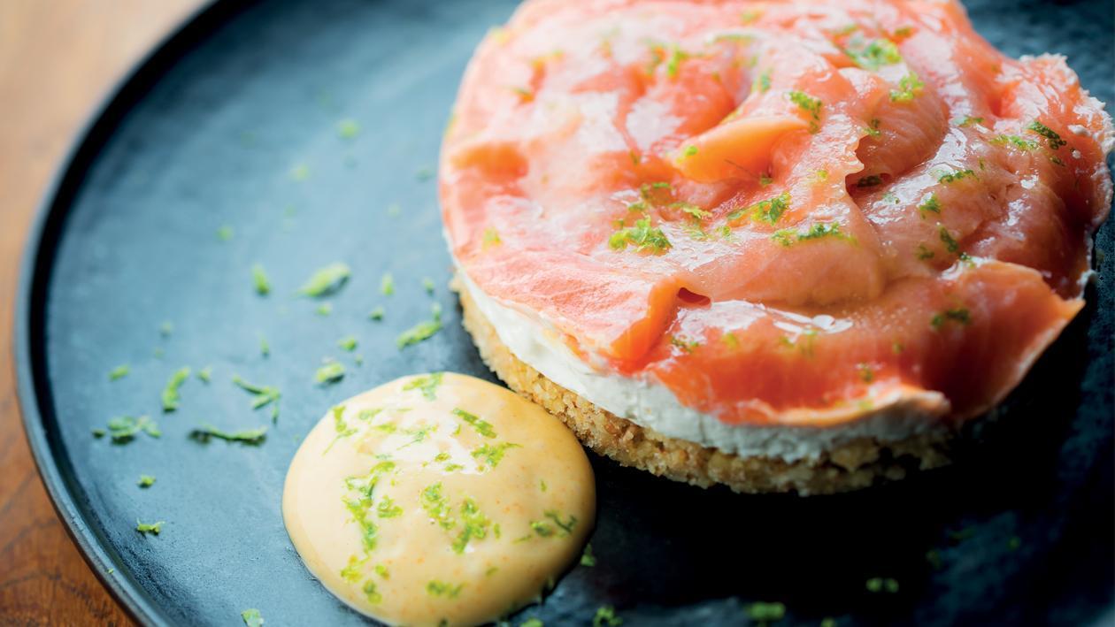 Cheese-cake salé , gravlax de truite au yuzu – Recette