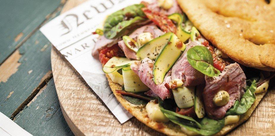 Fougasse provençale à l'agneau, courgettes et tomates séchées – Recette